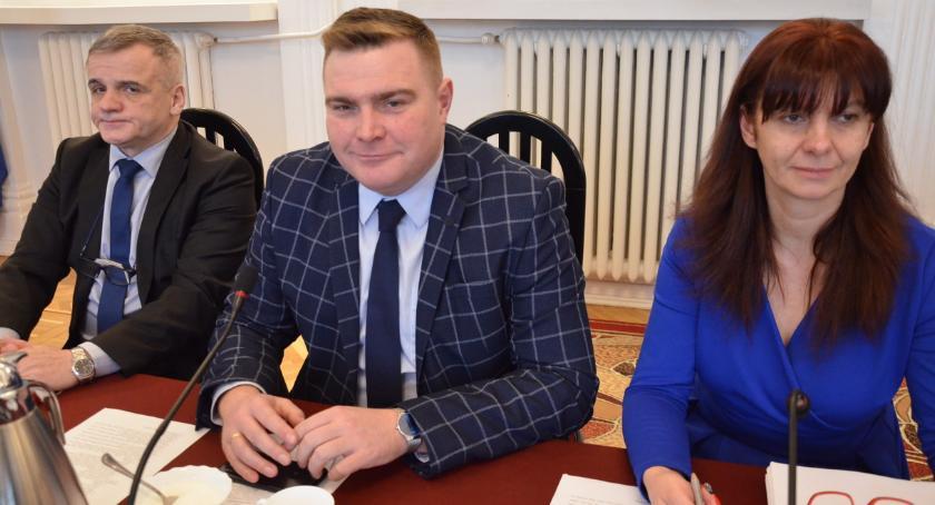 Inwestycje, Budżet Powiatu Włocławskiego uchwalony Jakie inwestycje planuje Starosta Włocławski - zdjęcie, fotografia