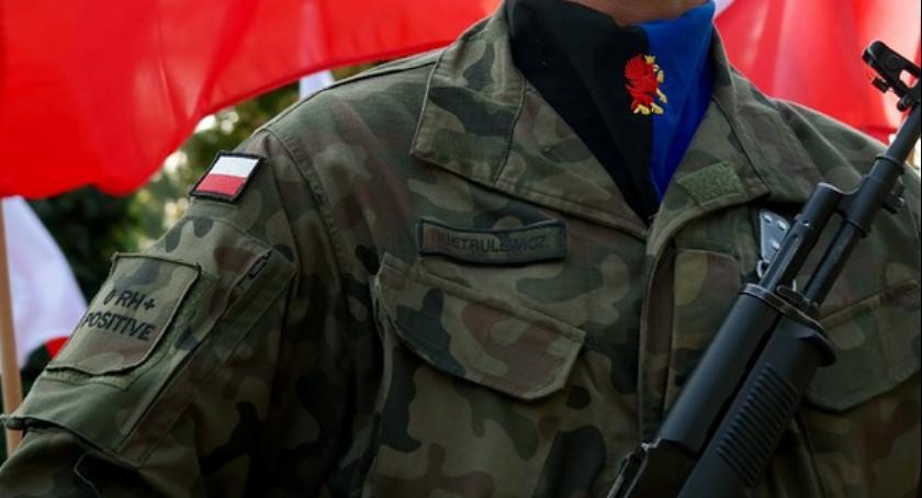 Ludzie_, Rusza kwalifikacja wojskowa Włocławku - zdjęcie, fotografia