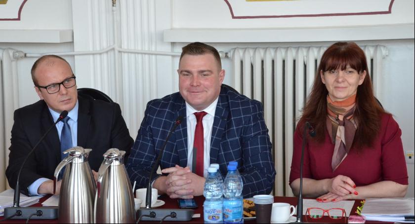 Samorząd Powiatu Włocławskiego, decyzja sprawie szkoły Kowalu nowym dyrektorem - zdjęcie, fotografia
