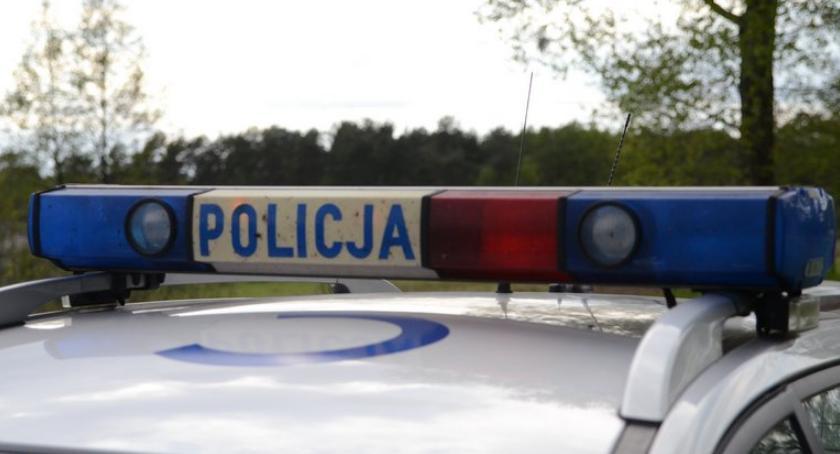 Sprawy kryminalne - kronika, latek zatrzymany Śródmieściu Włocławku ukrywał - zdjęcie, fotografia