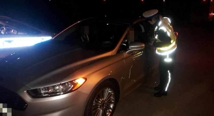 Policja - komunikaty policyjne, Masowa akcja policji Kilkadziesiąt mandatów jeden dzień jeszcze koniec - zdjęcie, fotografia