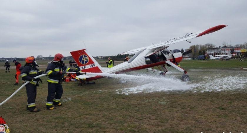 Pożary interwencje straży , samolocie starcie wybuchł pożar pokładzie wybuchła panika [ĆWICZENIA] - zdjęcie, fotografia
