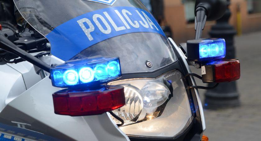 Sprawy kryminalne - kronika, Rometem podwójnym gazie Wjeżdżał przeciwległy - zdjęcie, fotografia