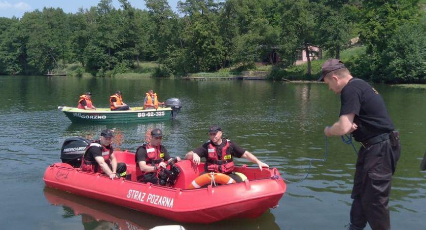 Policja - komunikaty policyjne, Tragedia Jeziorem regionie latek wskoczył łódki wypłynął - zdjęcie, fotografia
