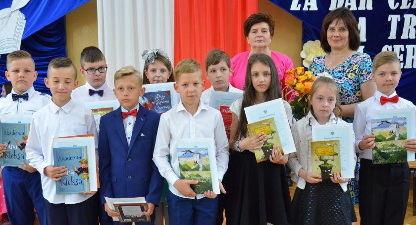 Szkoły podstawowe, Zakończenie szkolnego 2018/2019 szkole Smólniku [ZDJĘCIA] - zdjęcie, fotografia