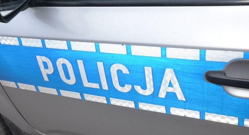 Sprawy kryminalne - kronika, Poszukiwany listem gończym zatrzymany podczas kontroli drogowej wpływem narkotyków - zdjęcie, fotografia