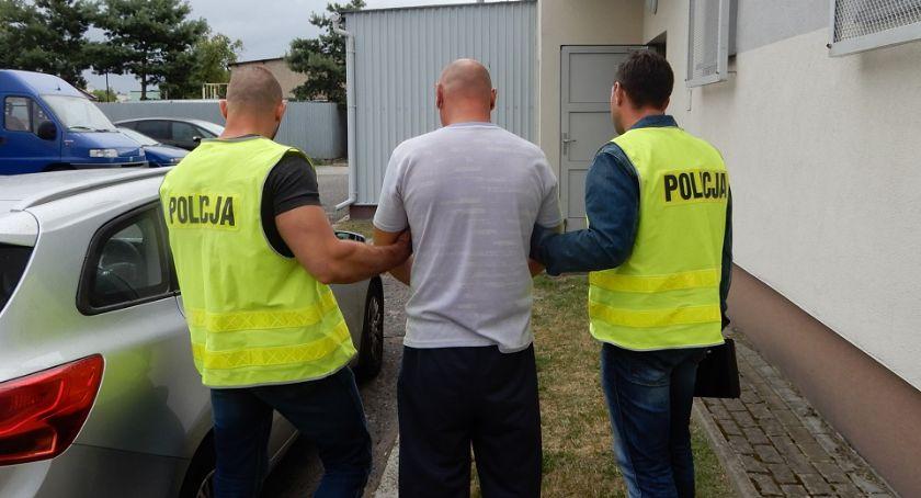 Sprawy kryminalne - kronika, Usiłowanie zabójstwa Włocławku Brackiej Ranił nożem letnią kobietę - zdjęcie, fotografia