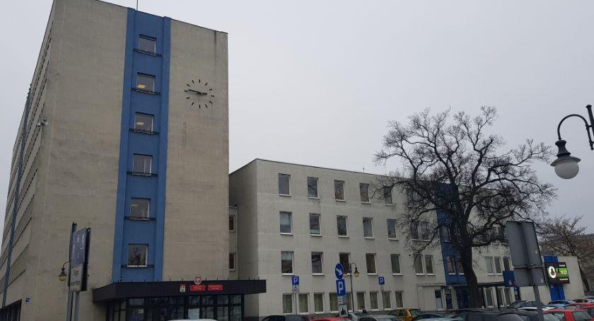 Inwestycje, Kontrola Urzędzie Miasta Włocławku sprawdzają - zdjęcie, fotografia
