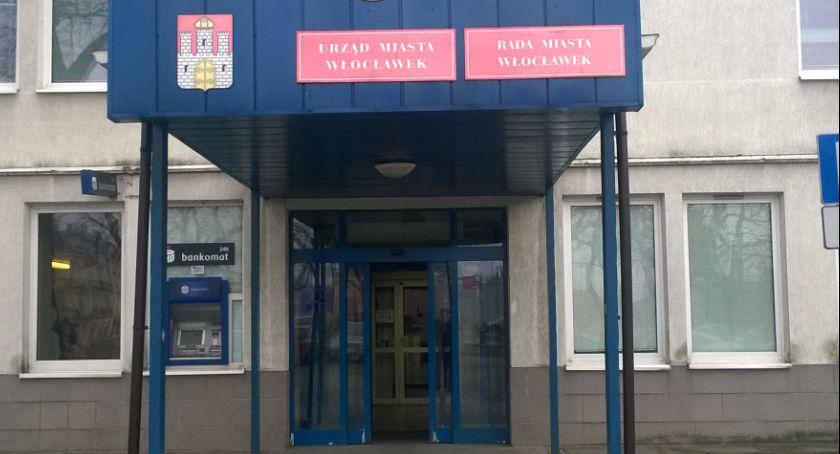 Rynek pracy, Urząd Miasta Włocławku szuka pracownika razem - zdjęcie, fotografia