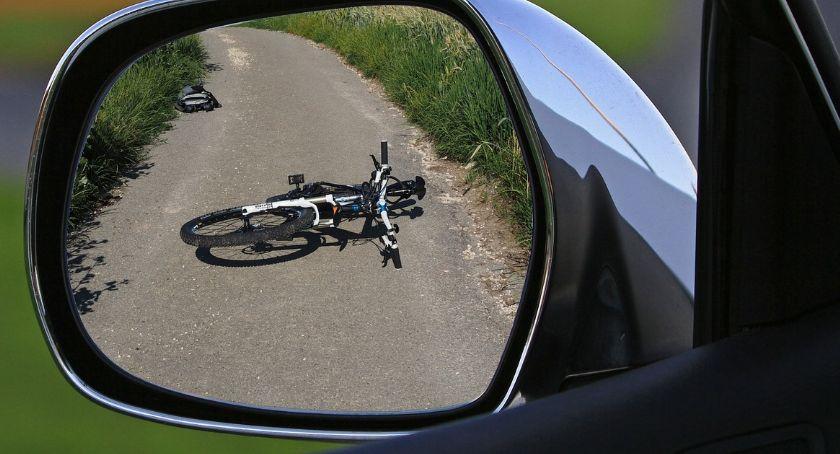 Wypadki drogowe, Tragiczny wypadek regionie Rowerzysta zderzył oplem - zdjęcie, fotografia