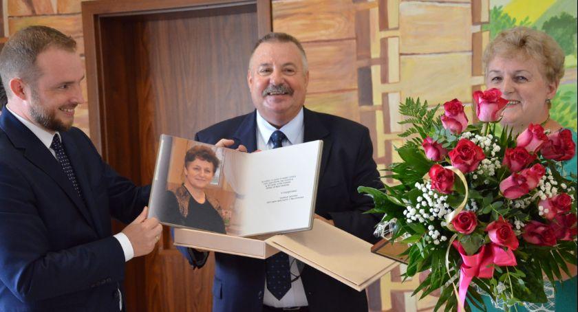Polityka, Pożegnanie sekretarza Gminy Baruchowo odznaczenia zasłużonych uroczysta sesja [ZDJĘCIA] - zdjęcie, fotografia