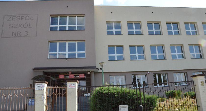 Szkoły podstawowe, Zespół Szkół Włocławku rozbudowy - zdjęcie, fotografia