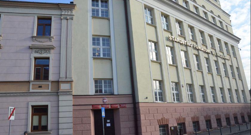 Rynek pracy, Starostwo Powiatowe Włocławku poszukuje pracowników - zdjęcie, fotografia
