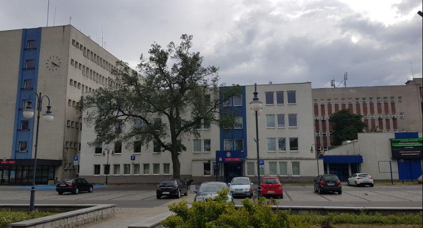 Rynek pracy, Urząd Miasta Włocławku szuka chętnych stanowiska pracy - zdjęcie, fotografia