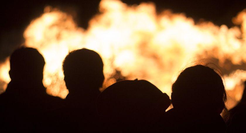 Pożary interwencje straży , Pożar sklepu motoryzacyjnego Lubrańcu [ZDJĘCIA] - zdjęcie, fotografia