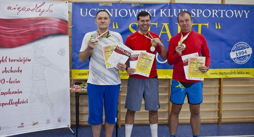 Badminton, Mistrzostwa Powiatu Włocławskiego Badmintonie Smólniku [ZDJĘCIA] - zdjęcie, fotografia