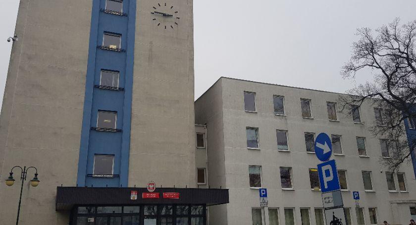 Rynek pracy, Urząd Miasta Włocławku znów zatrudnia szukają razem - zdjęcie, fotografia