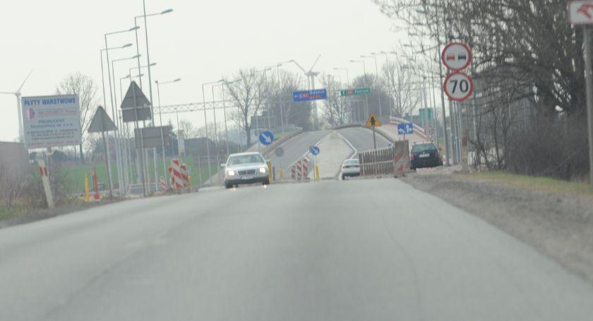 Wypadki drogowe, Wypadek Pikutkowie drodze Włocławek Brześć Kujawski osób poszkodowanych dzieci - zdjęcie, fotografia
