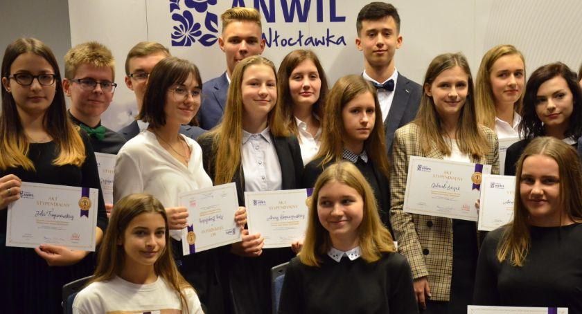 Szkoły średnie, Stypendia Fundacji Anwil uczniów Włocławka okolic [ZDJĘCIA] - zdjęcie, fotografia