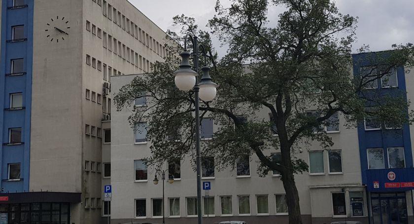 Inwestycje, Mieszkańcy Włocławka zabiegają naprawę chodnika jakim efektem - zdjęcie, fotografia