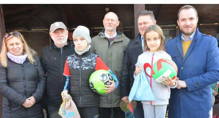 Lekkoatletyka, okazji Święta Niepodległości Zielonej Szkole Goreniu Dużym (ZDJĘCIA) - zdjęcie, fotografia