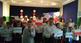 Uczniowie SP1 w Brześciu Kujawskim uczcili Święto Niepodległości
