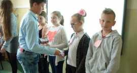 Projekt szkoły w Smólniku robi wrażenie i zwiększa zasięg. Idą w powiat i zyskują uznanie