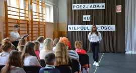 Poezjada IV Ku niepodległości w SP nr 19 we Włocławku