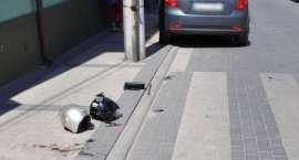 Pasażerka motoroweru trafiła do szpitala. Wszystkiemu winne oślepiające słońce