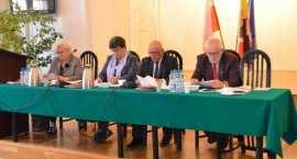 Burzliwa sesja Rady Powiatu we Włocławku [ZDJĘCIA]