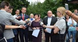 Mieszkańcy Krzywych Błot we Włocławku nie chcą tej drogi. Zobacz zdjęcia z protestu