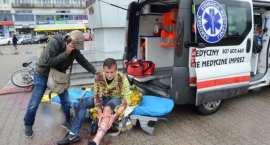 Ratownicy medyczni walczą o godne życie. Protest we Włocławku [ZDJĘCIA]