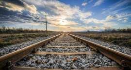 Przebudowa peronów, wymiana torów. Co jeszcze zyskają pasażerowie kolei w Gminie Lubień Kujawski?