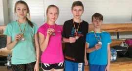 Uczniowie Zespołu Szkół w Smólniku z medalami na turnieju w Warszawie