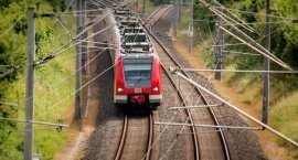 Zawrotne prędkości pociągów we Włocławku! Jak szybko pojedziemy koleją do Bydgoszczy, Torunia, Kutna