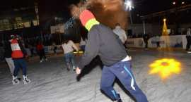 Godziny otwarcia basenu i lodowisk podczas świąt i w Nowy Rok