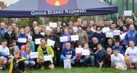 Wielka akcja charytatywna w Brześciu Kujawskim. Samorządowcy zagrają mecz życia dla Oli i Magdy. Doł