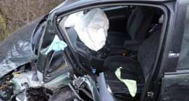 Groźny wypadek czterech aut przy tamie… 48-latek trafił do szpitala
