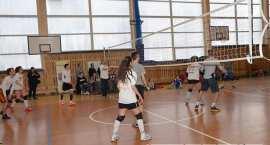 Młode siatkarki z całej Polski powalczą w Baruchowie