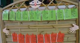 Nauczyciele dzieciom w SP nr 12 we Włocławku