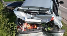 Śmigłowiec w akcji: Troje poważnie rannych w wypadku na drodze krajowej [ZDJĘCIA]