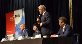 Gminom przyjdzie oddawać VAT? Minister we Włocławku odpowiada