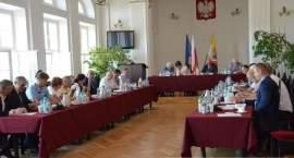 Pieniądze dla gmin. Starostwo Powiatowe we Włocławku udzieliło pomocy finansowej