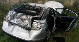 Wypadek w Jarantowicach powiat radziejowski. Skoda wylądowała w rowie [FOTO]