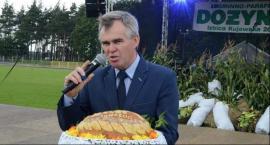 Burmistrz Izbicy Kujawskiej podróżuje służbowym SUV-em