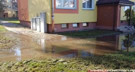 Awaria sieci wodociągowej we Włocławku. Potrwa wiele godzin [VIDEO, FOTO]