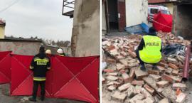 Tragiczny wypadek w Kcyni. Zawalona ściana przygniotła pracownika