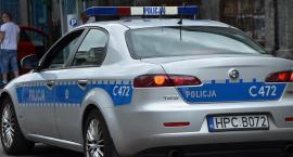 Skradziony Mercedes namierzony przez policję