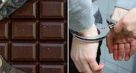Ukradli czekolady, pobili ekspedientkę sklepu. Sprawa trafiła do Sądu we Włocławku