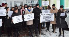 Protest Pracowników Prokuratury we Włocławku. Czego oczekują?